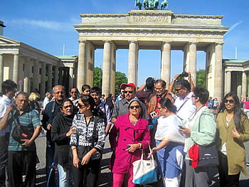 Grupo Tumlare, India, em Berlim, 15/05/2016